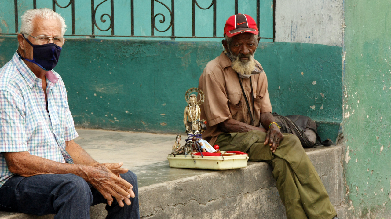 Dictadura aplica recetas neoliberales a jubilados