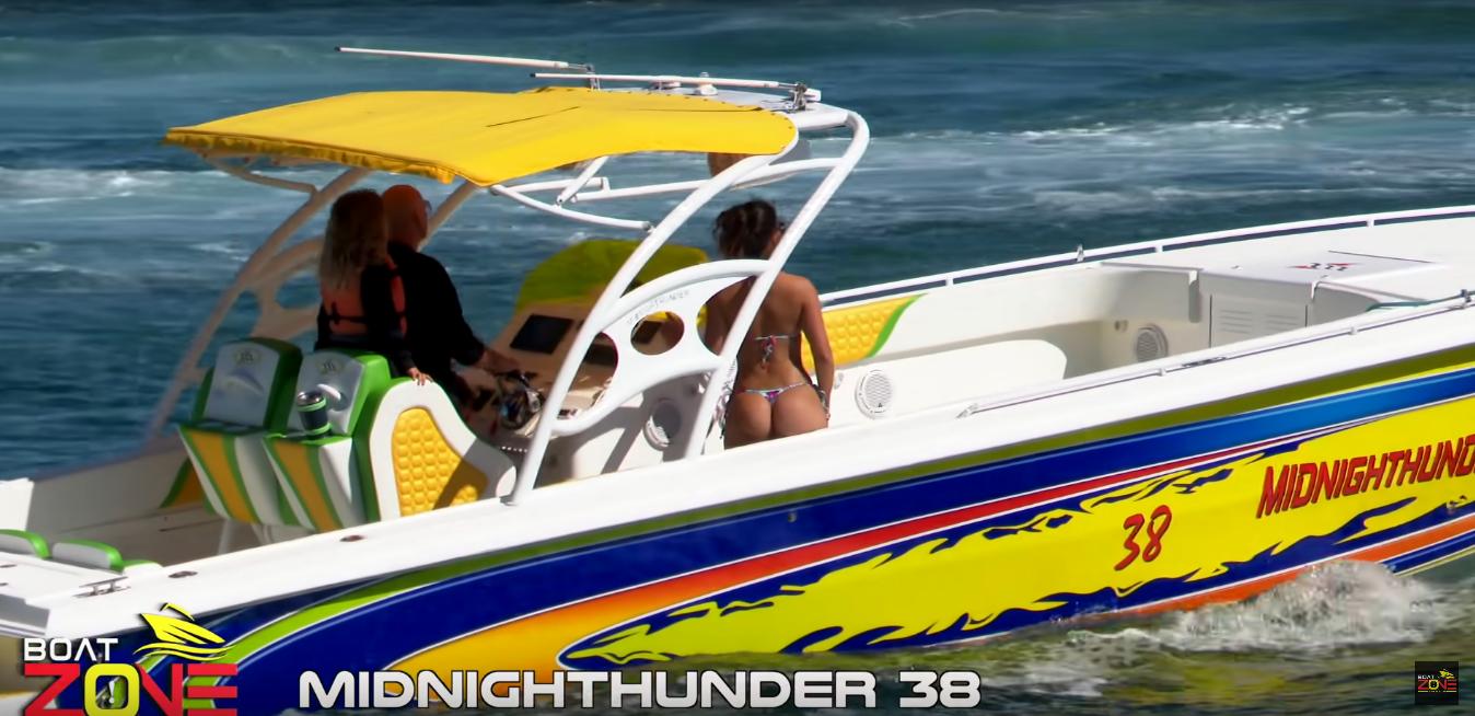 Midnight Thunder 38 una lancha para pasarla bien